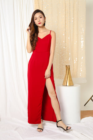 LUXE- Joeise Gown Dress in Burgundy