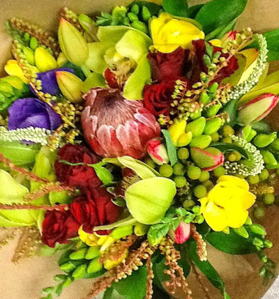 Seasonal Sunshine Posy