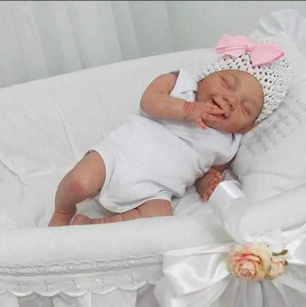 20'' Evie Reborn Baby Doll-Sleeping With Sweet Dreams That Look Real