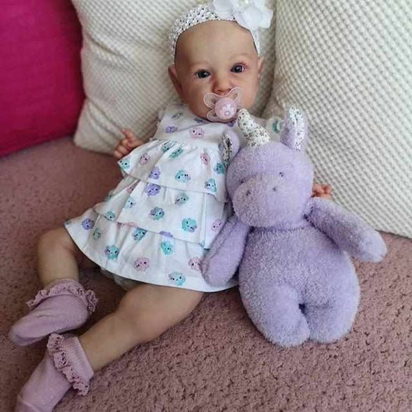 "22"" Real Life Reborn Baby Doll Girl Greta That Look Real"