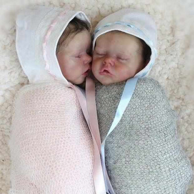 17 '' Real Lifelike Twins Sister Debra and Demi Reborn Baby Doll Girl