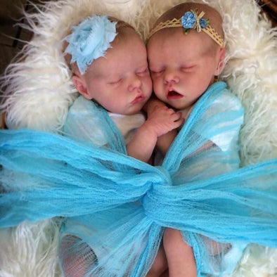 [Special Discount] 17 '' Real Lifelike Twins Sister Amy and May Reborn Baby Doll Girl