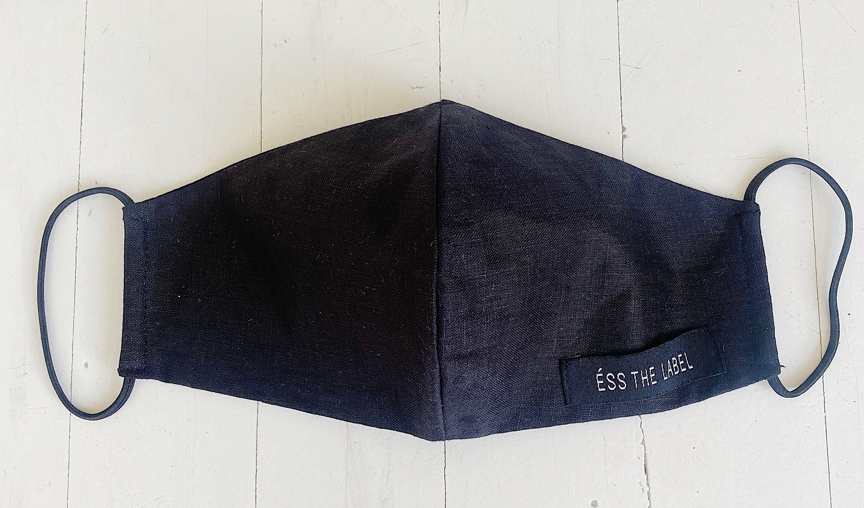 FREE GWP ÉSS THE LABEL Linen Face Mask - Black