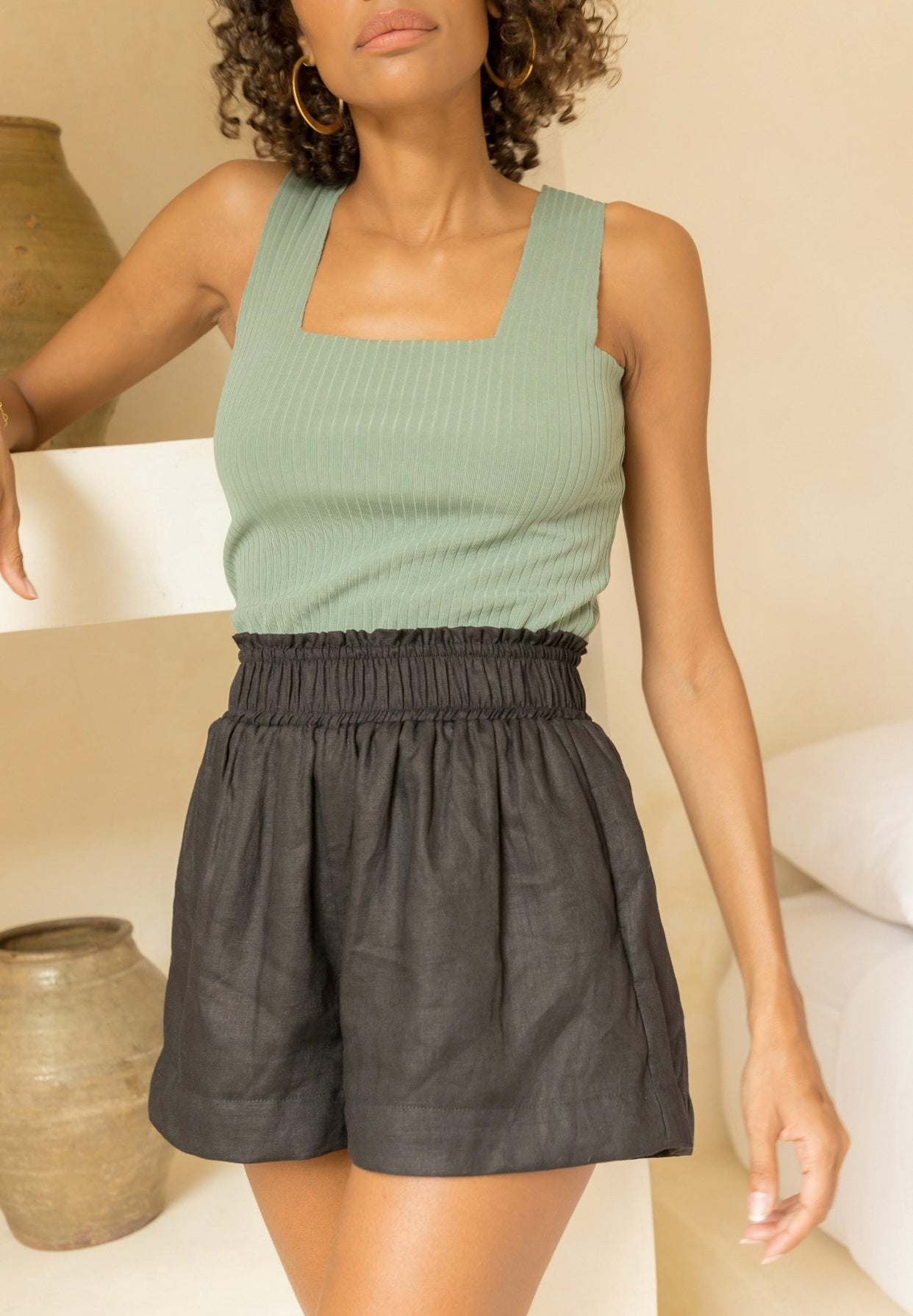 ÉSS THE LABEL Lolita Linen High Waisted Shorts - Black