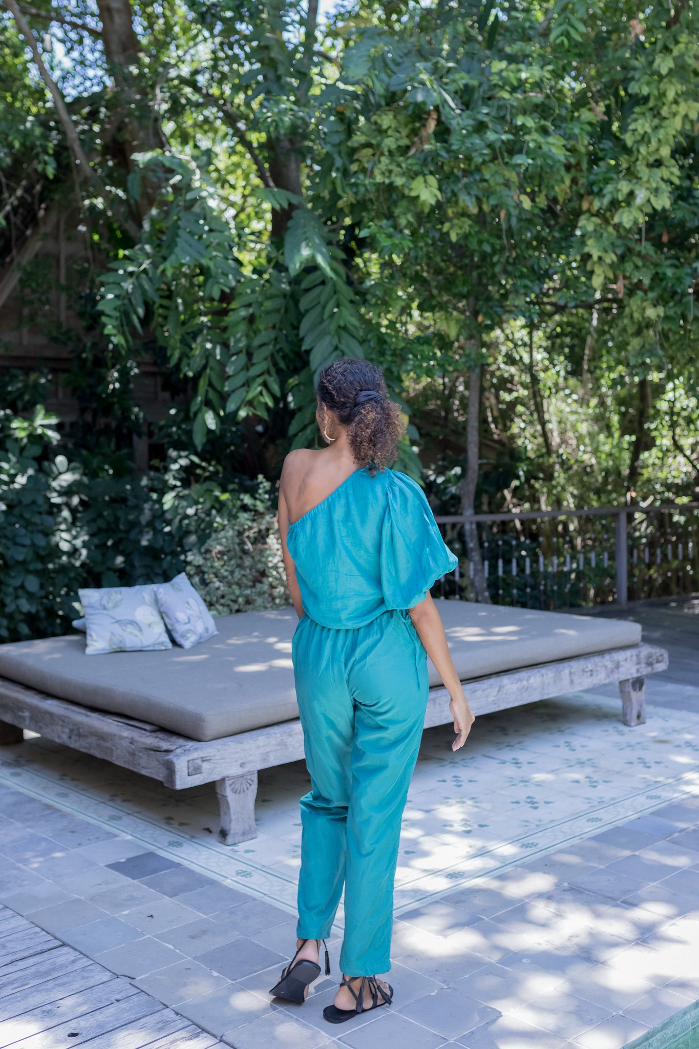 ÉSS THE LABEL Maya Linen One Shoulder Top - Emerald