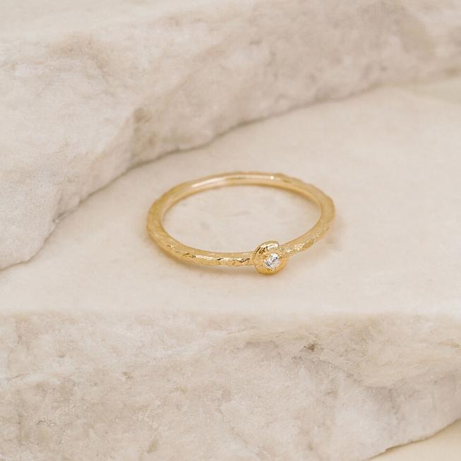 By Charlotte Guiding Light Ring - Gold
