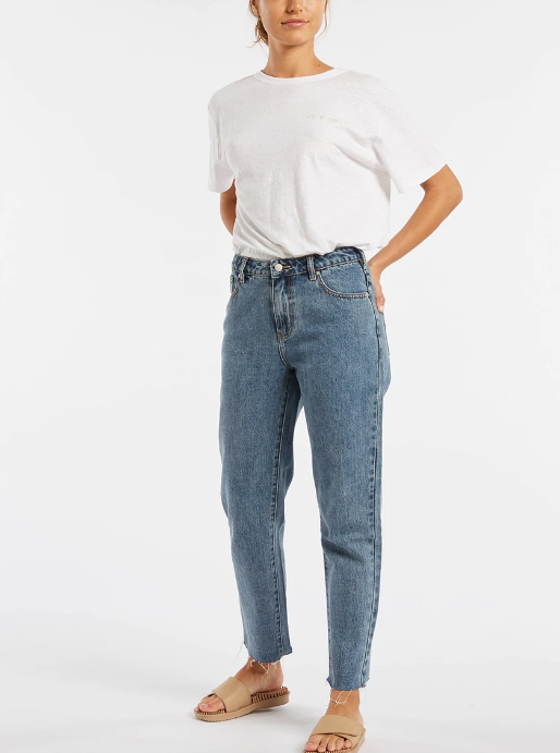 Zulu & Zephyr The Mid Rise Straight Leg Jean - Vintage Blue