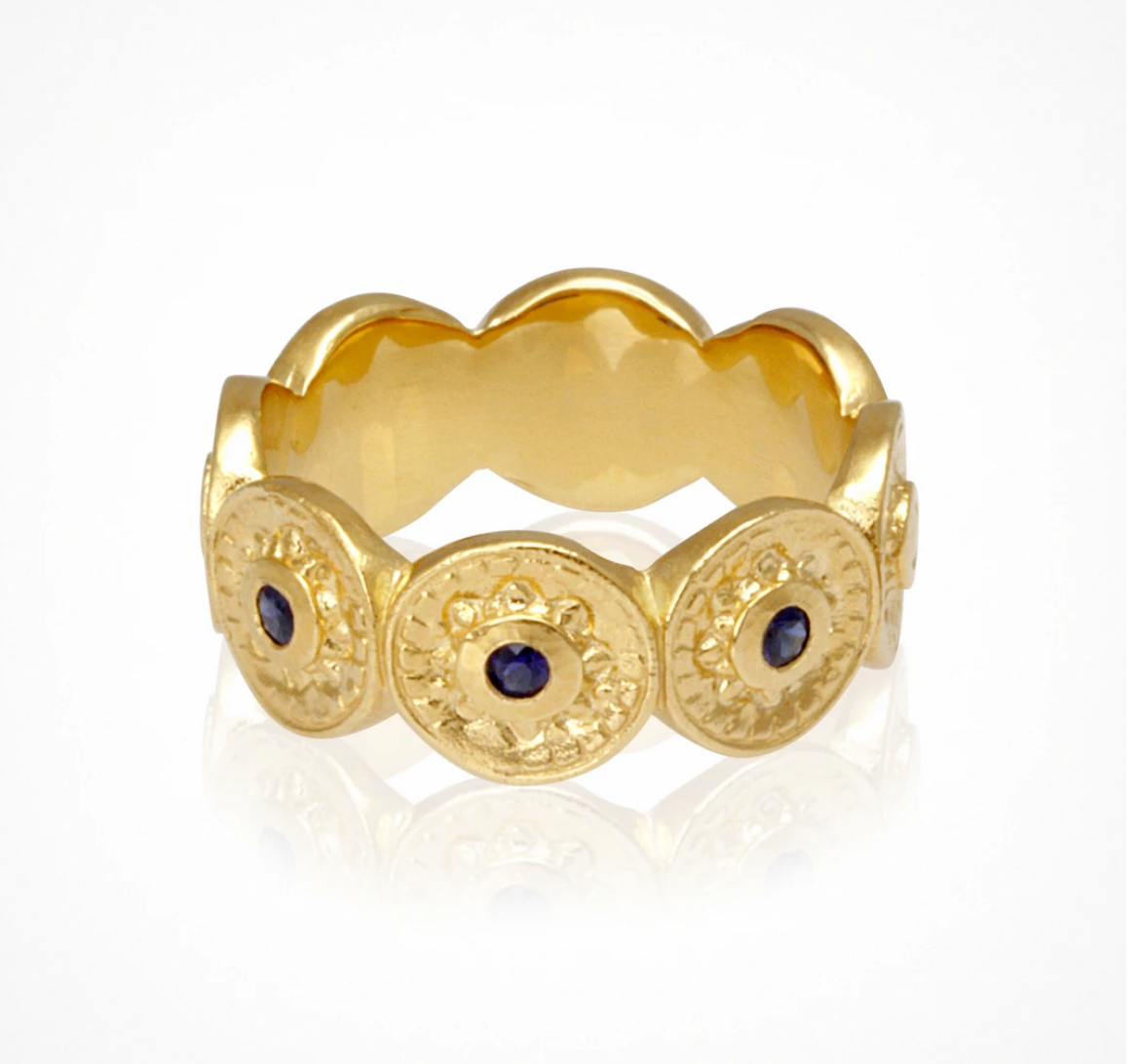 TEMPLE OF THE SUN VESTER RING - GOLD