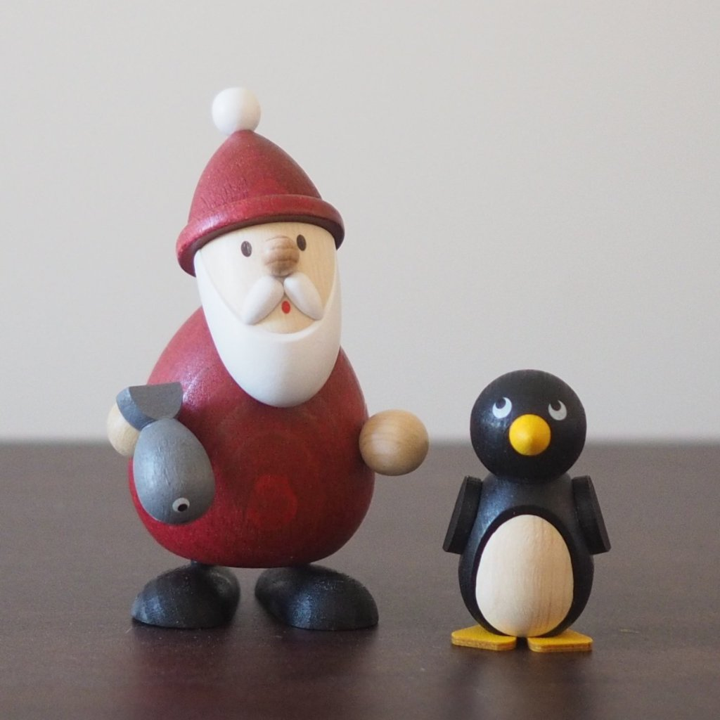 Weihnachtsmann Collectibles - Santa and Frankie the Penguin