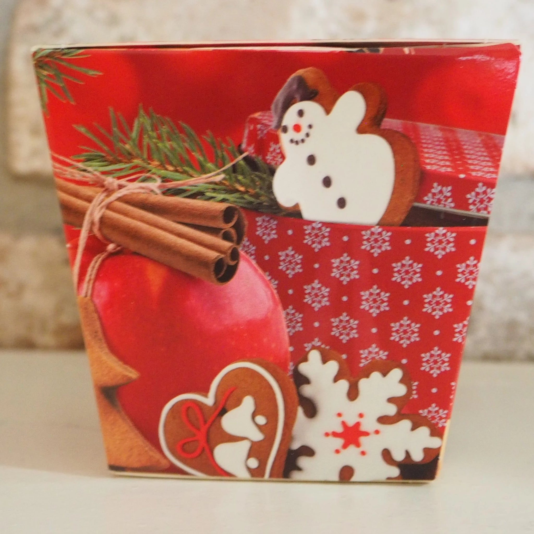 Christmas Scented Candle - Gingerbread with Apple and Cinnamon