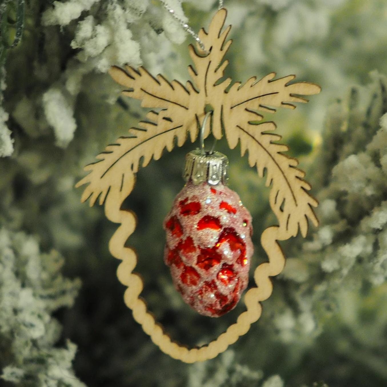 Elke's Acorn (Red) - Christmas tree decoration
