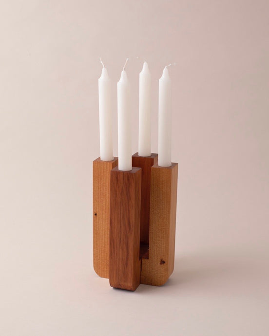 FOUR CANDLEHOLDER / TWO TONE