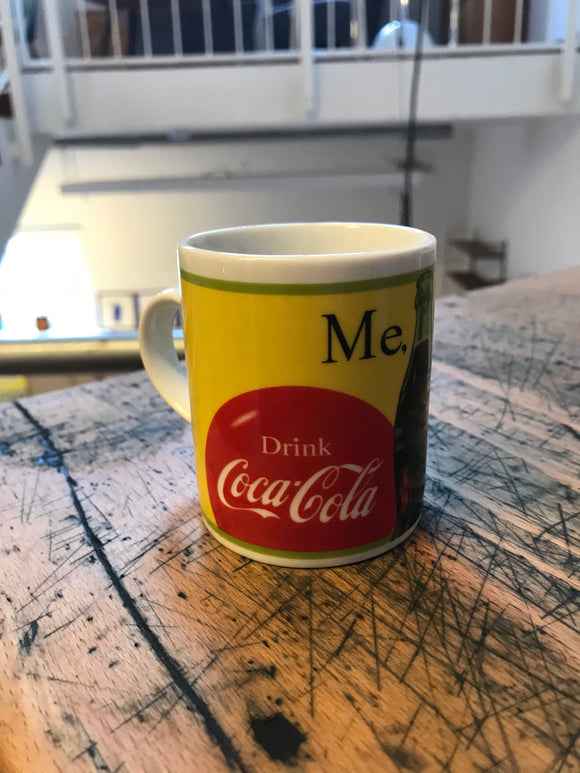 Coca-Cola Tasse Me. Too. Design