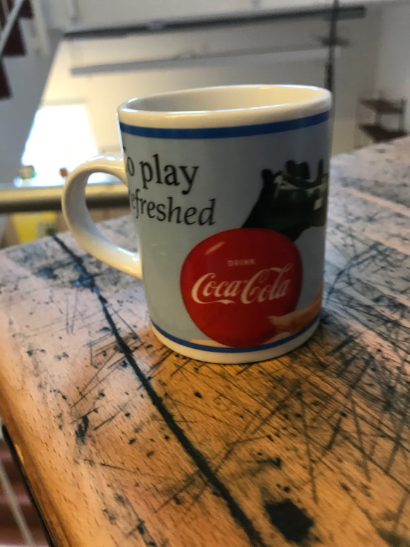 Coca-Cola Tasse play freshed Motiv
