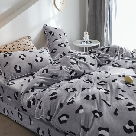 4Pcs Flannel Coral Fleece Leopard Print Bedding Set Full Queen Size Duvet Quilt Cover Bed Sheet