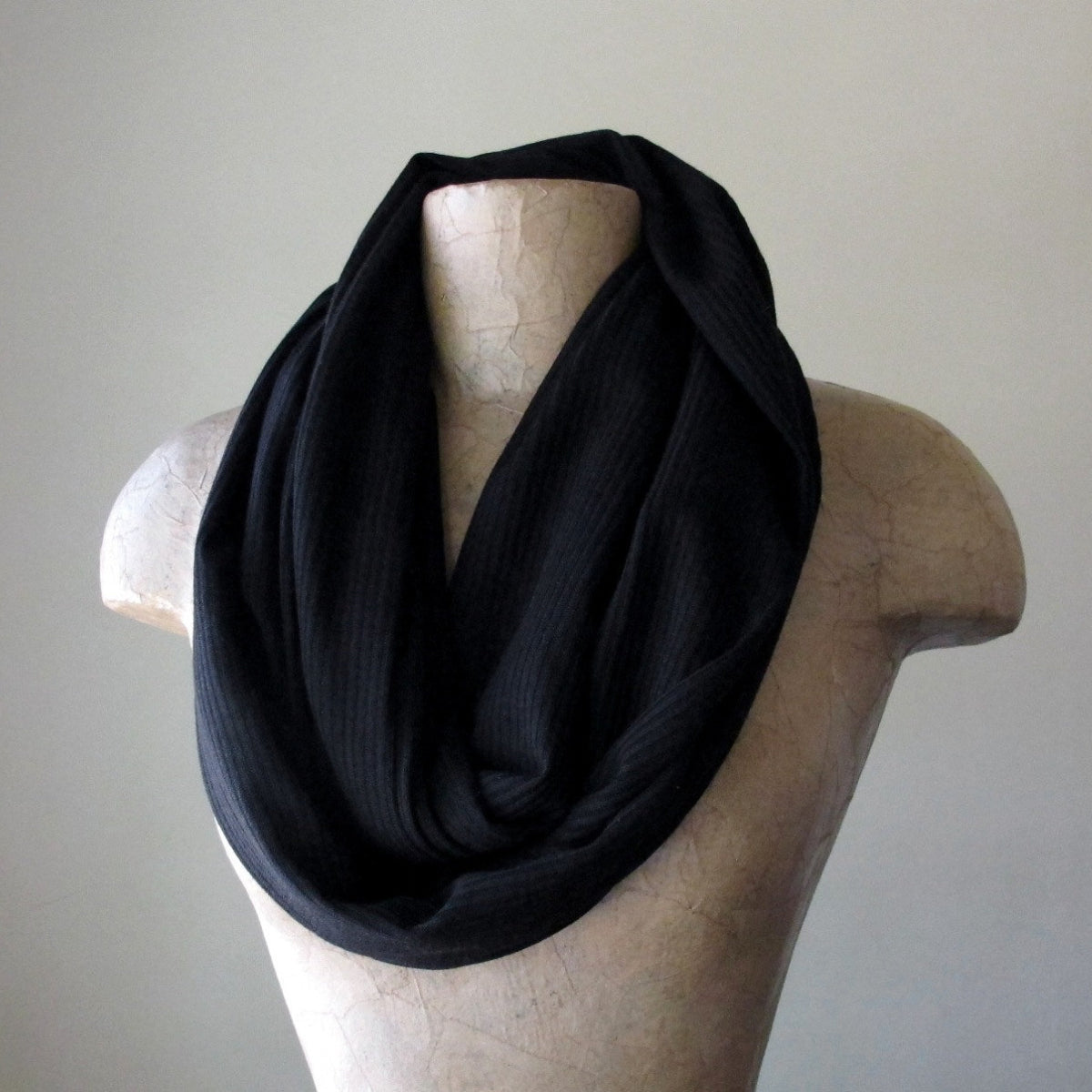 black ecoshag ribbed knit infinity scarf