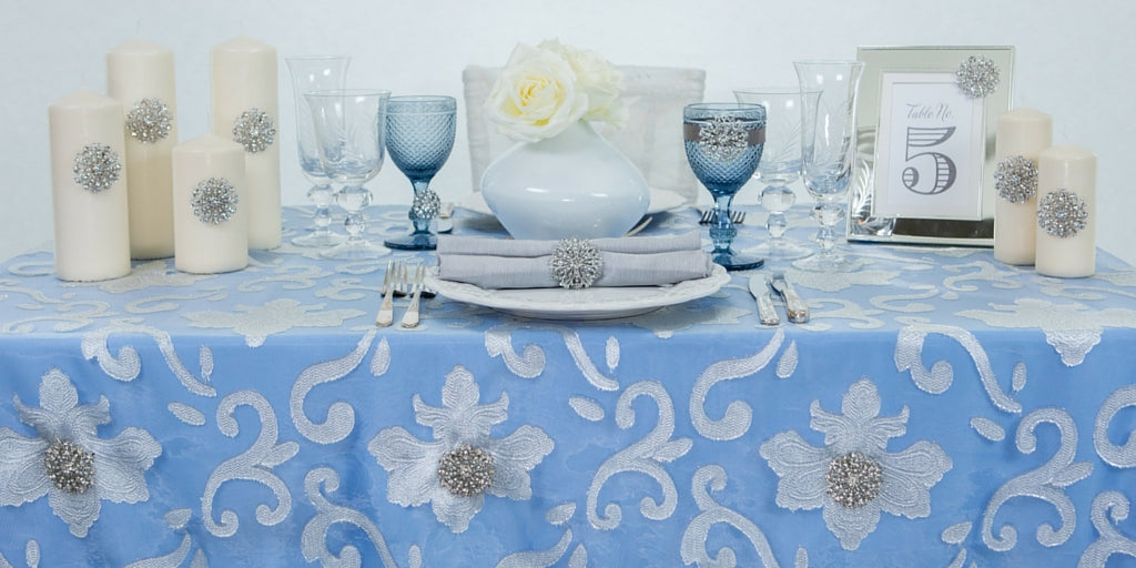 Totally Dazzled 2016 White and Blue Tablescape