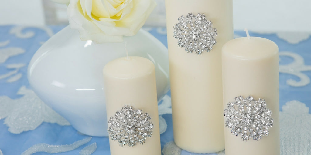 Totally Dazzled 2016 Lookbook Whiite and Blue Accessorized Candles