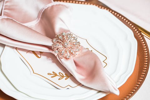 rose gold wedding decor ideas