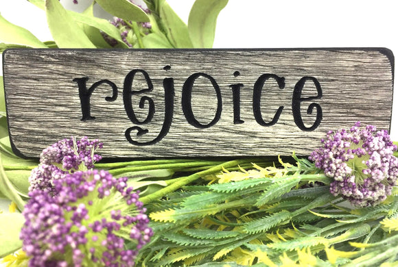 "Wooden ""Rejoice"" Magnet - Country Cottage Gifts"