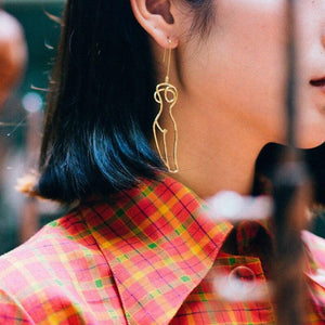 The Linear Earrings - Lota & Chain