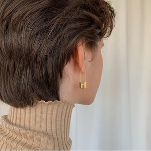 The Lock Earrings - Lota & Chain