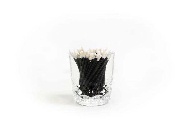 Disposable cleaning lip wands