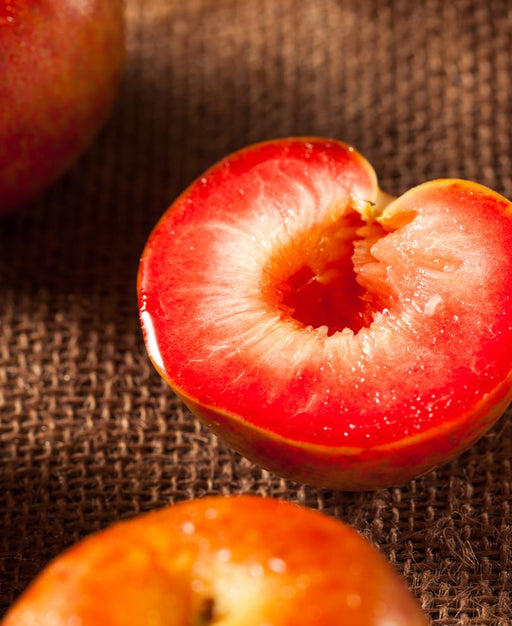 Dapple Dandy Pluot
