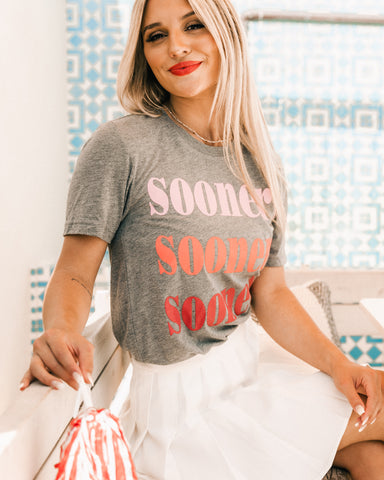 Cute OU Sooners t-shirt from Lush Fashion Lounge women's boutique in Oklahoma City