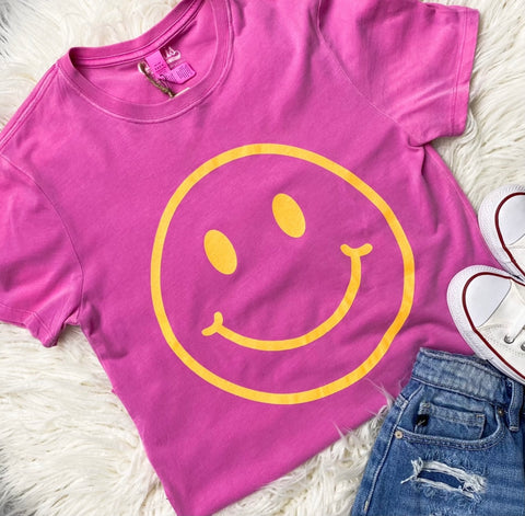 Smiley t-shirt from Lush Fashion Lounge women's boutique in Oklahoma City