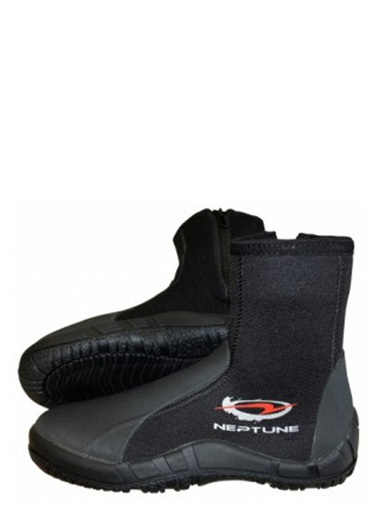 Neptune Explorer 5mm. Hard Sole Boots