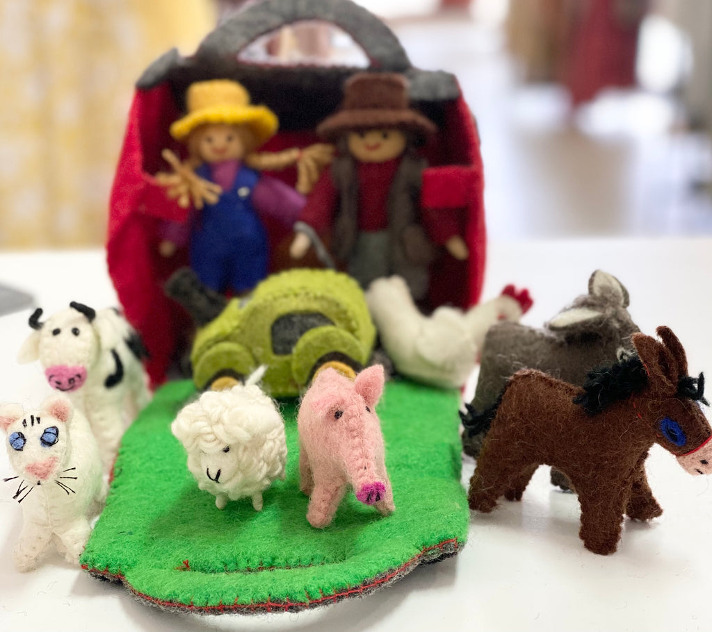 "11 piece felt ""Barnyard"" set"