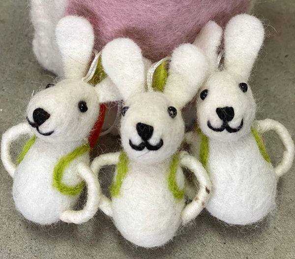 Felt Easter bunny decoration