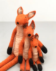 "felt ""sitting fox"" family"