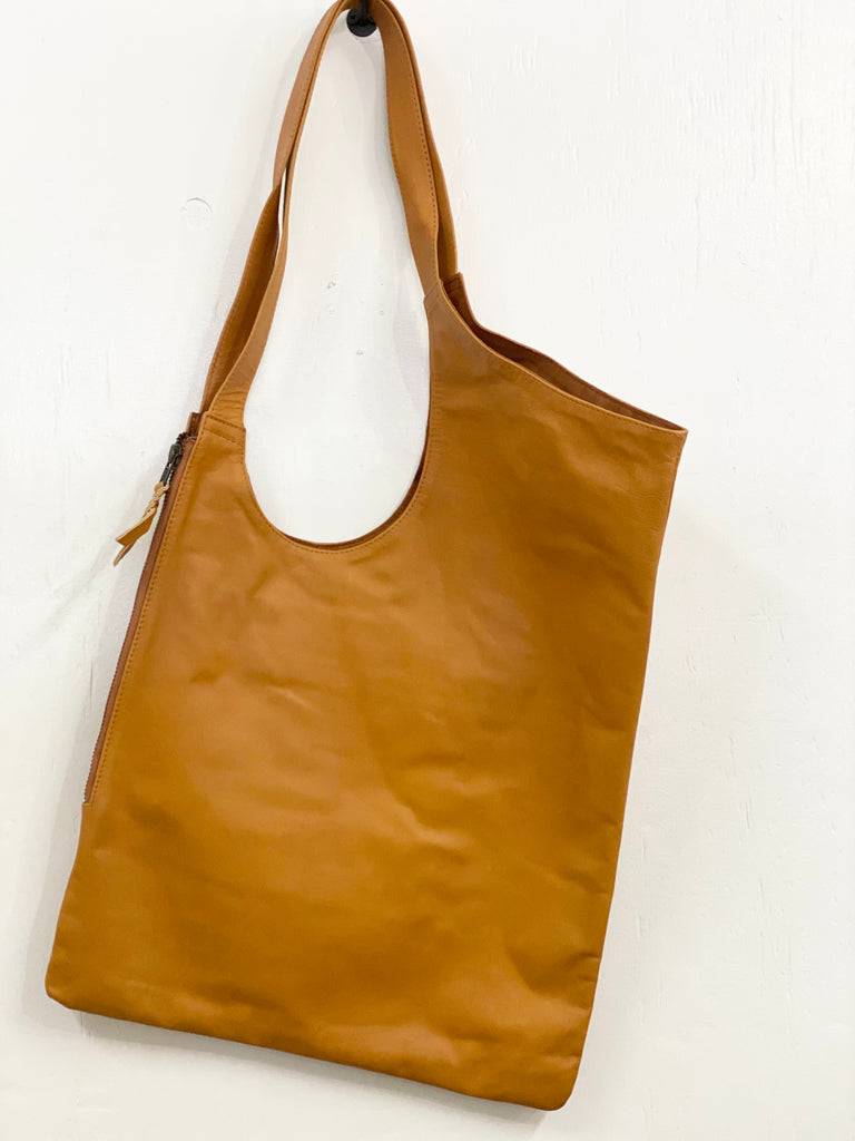 """Cara"" leather bag"
