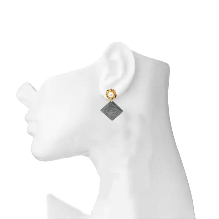 Golden Moti Black Square Earring On Mannequin