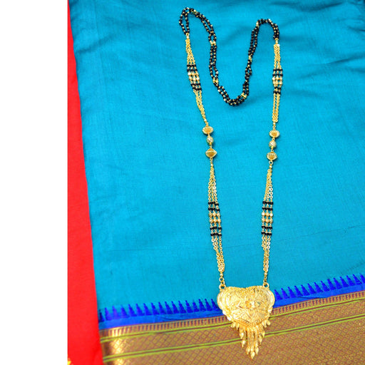 Plain Gold Pendant & Chain Mangalsutra Color