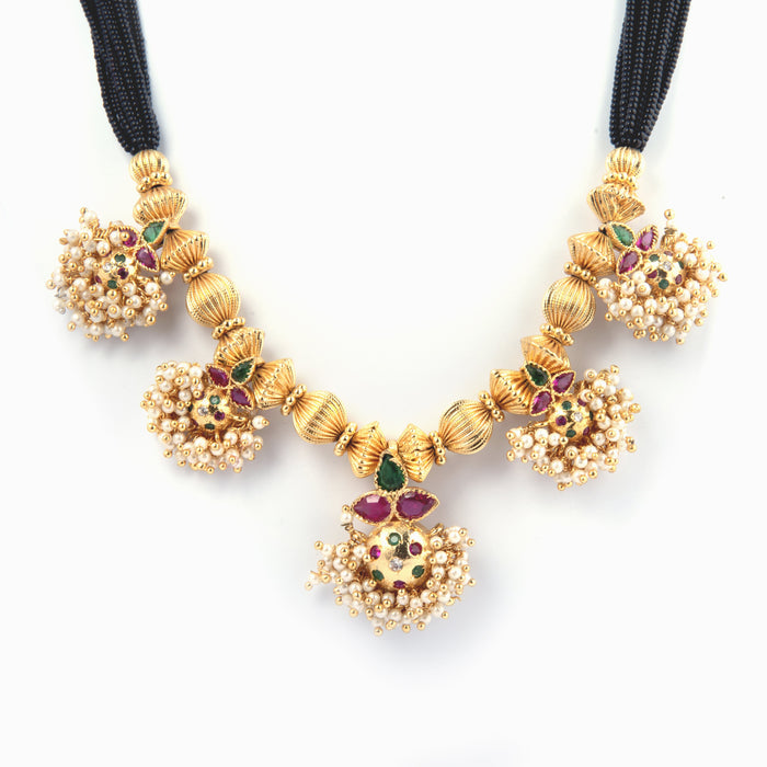 Mangalsutra Saaj Necklace Closeup