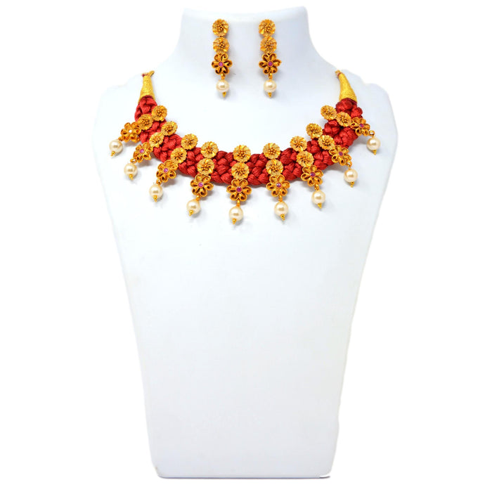 Moti Red Dhaga & Red Stone Necklace Set On Mannequin