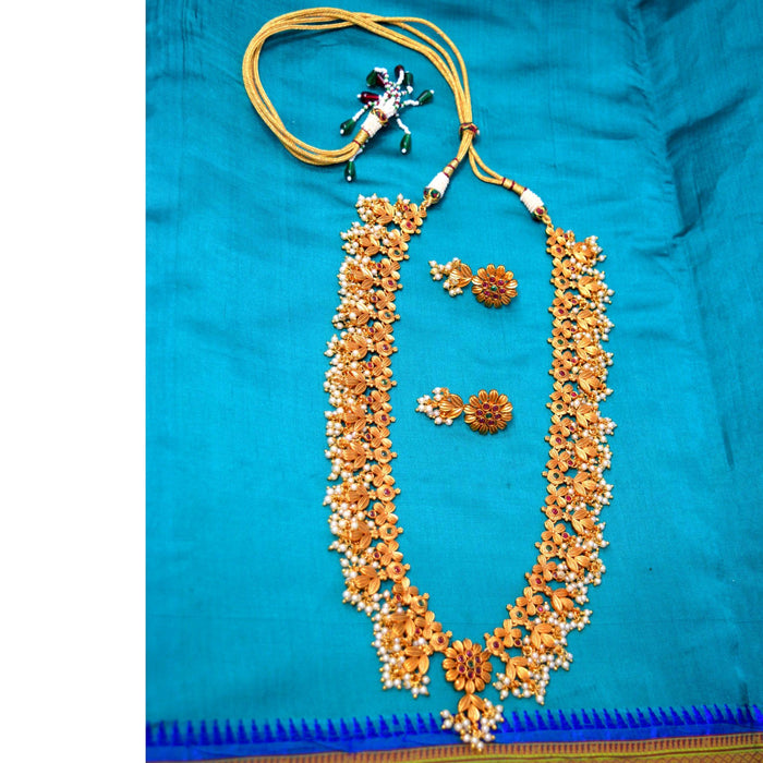 Temple Moti Guccha Necklace Set Color