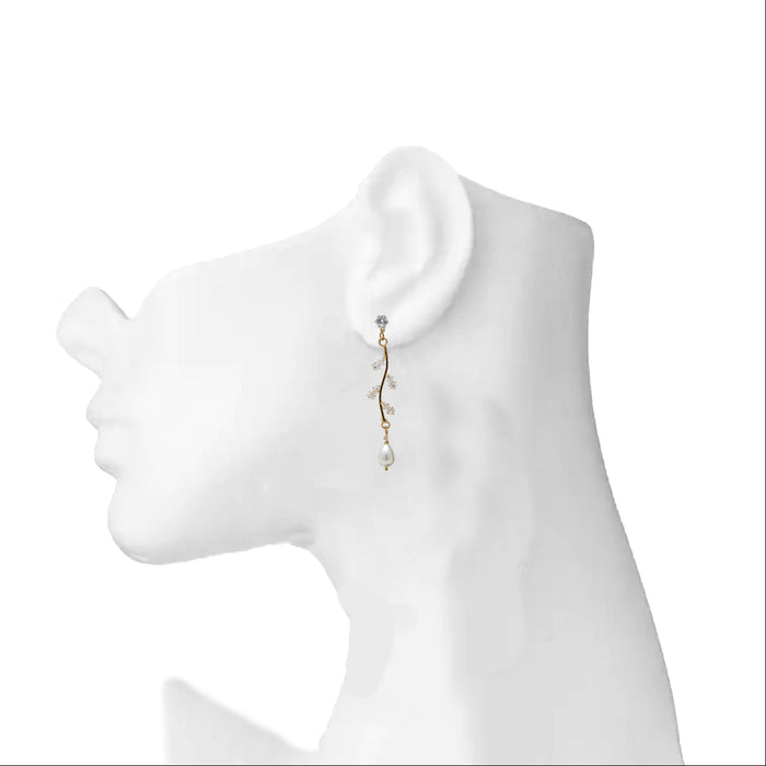 Modern American Diamond String Earrings With Pearls On Ear