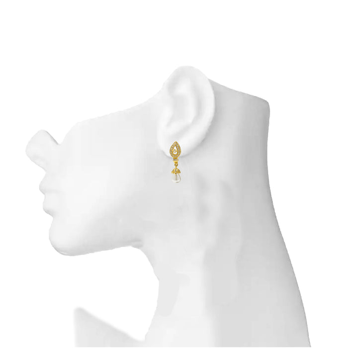 American White Diamond With Moti Earring On Mannequin