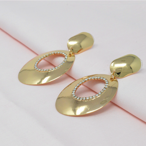 Golden White Stone Oval Shape Earring  Color