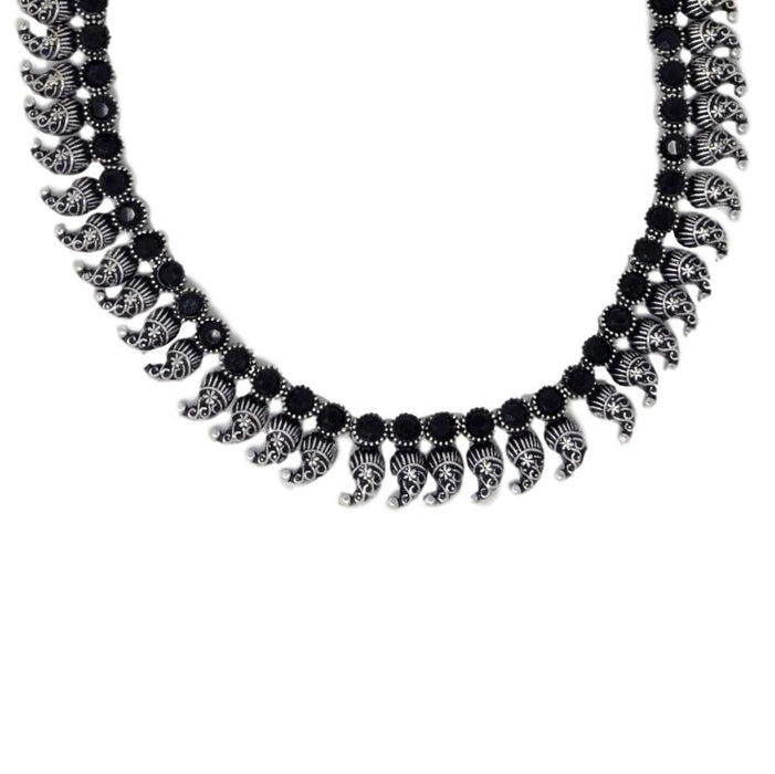 Black Stone Oxidised Necklace Set Close Up