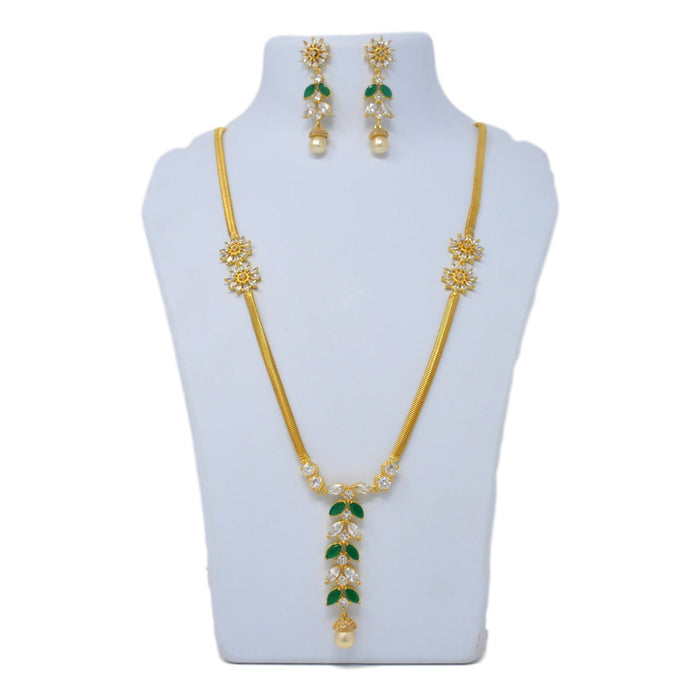 Moti, Green Stone Necklace Set On Mannequin