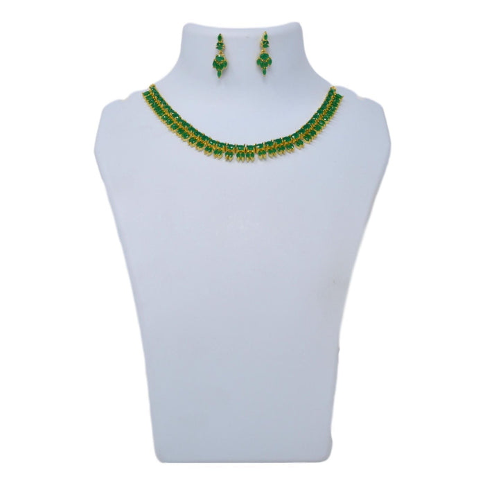 Green Stone Necklace Set On Mannequin