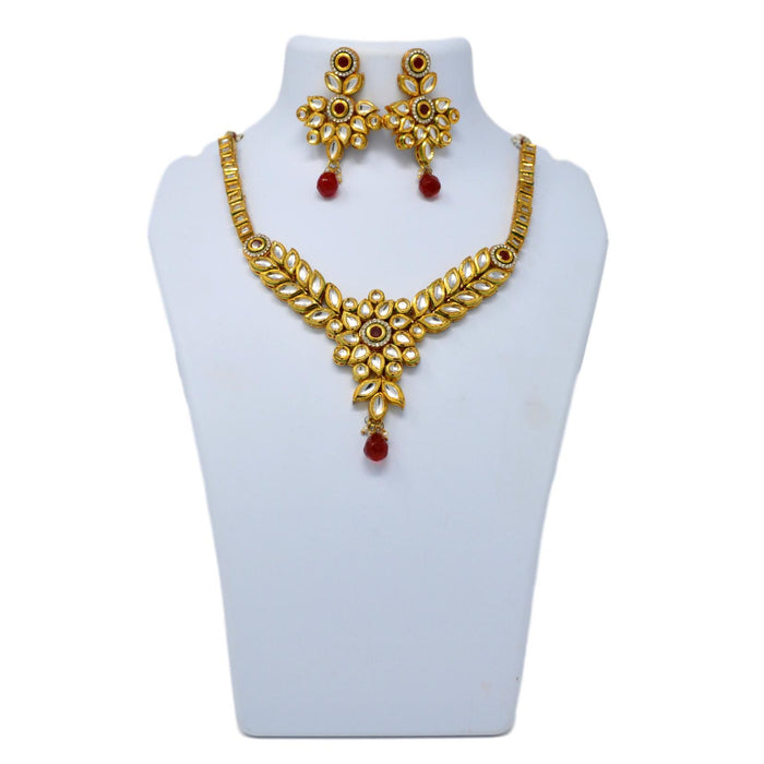 Kundan Necklace Set On Mannequin