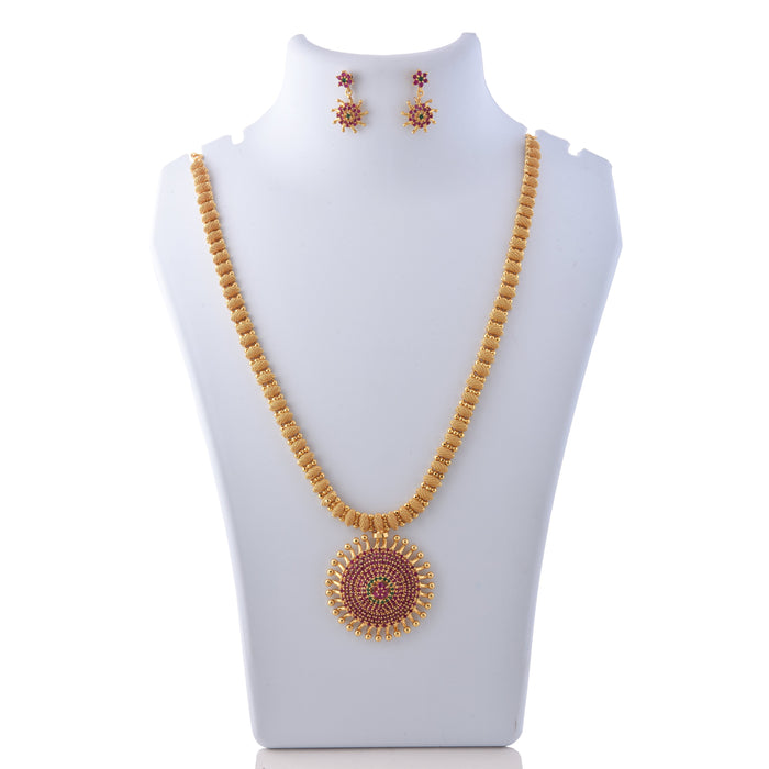 Red, Green Stone & Moti Jaypuri Necklace Set On Mannequin