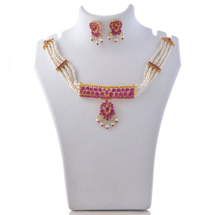 Moti & Red Stone Choker Necklace Set On Mannequin