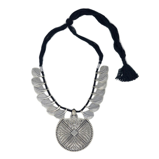 Black Dhaga Leaves Necklace Top View